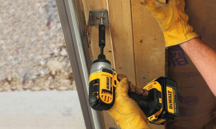 How does an impact driver work?