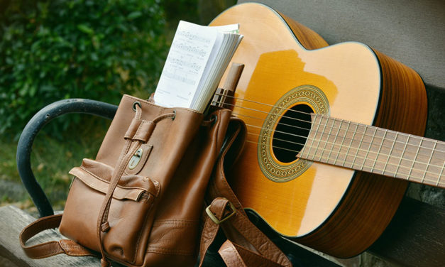 Classical vs. acoustic guitars – which is right for me?
