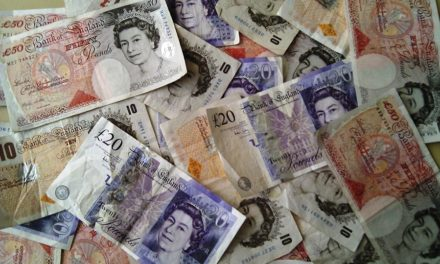 How to spot a fake banknote