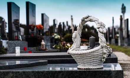 6 important reasons why you should hire the right funeral director