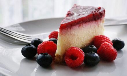 5 dessert plating ideas that'll make any dessert look fancy