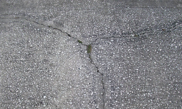 Things to look for when hiring a concrete repair specialist