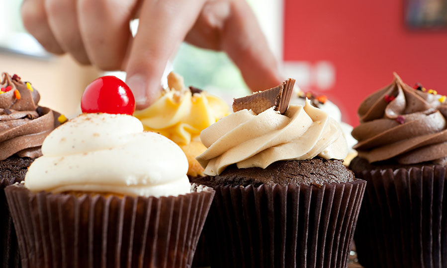 How to start making money selling baked goods from home