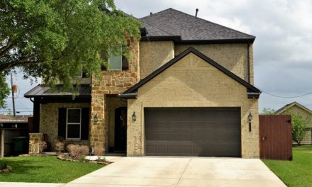 Garage door tune up: 5 things you need to know
