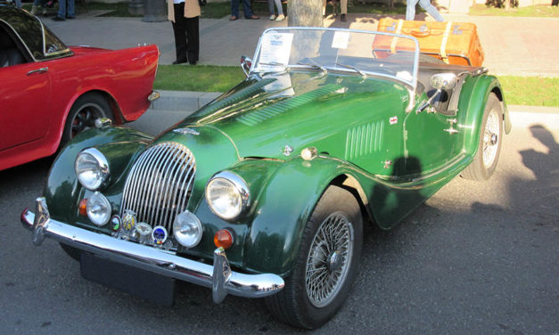 Classic car restoration: a few things to have in mind before vintage car restoration