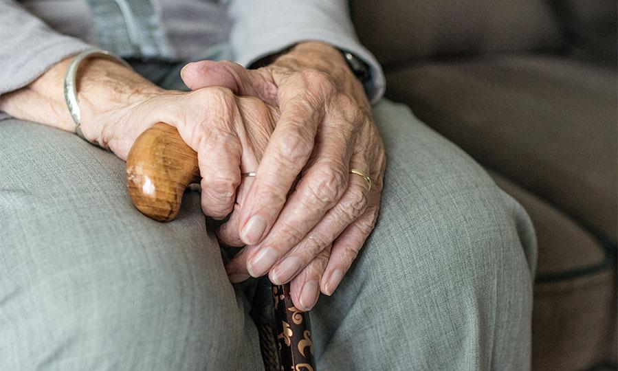4 tips for making caregiving less demanding