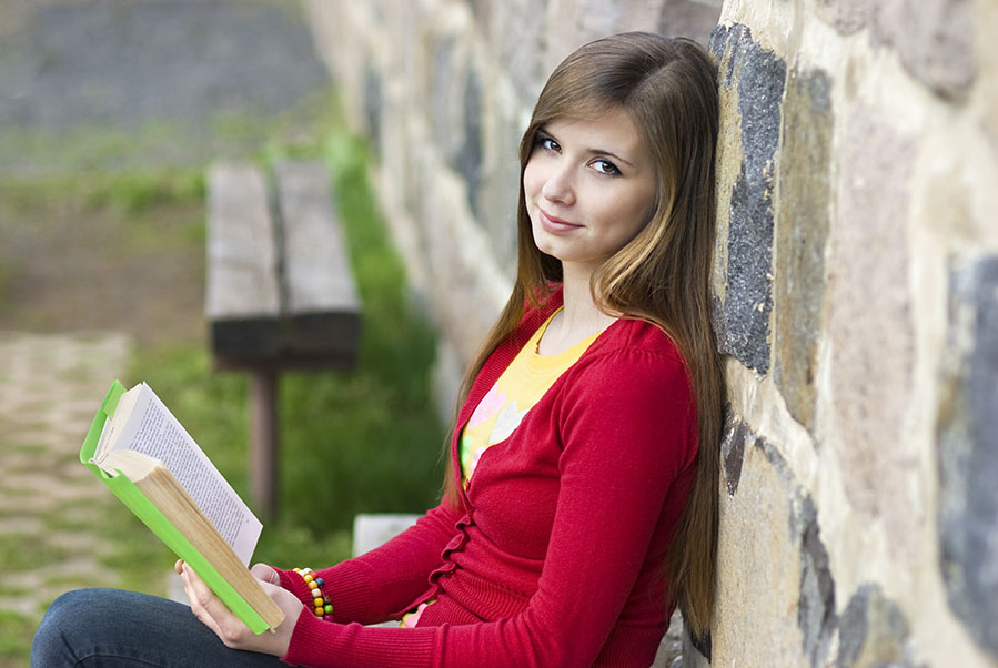 A novel idea: contemporary literature in the high school classroom