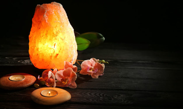 Decorative and health benefits of pink Himalayan salt lamp