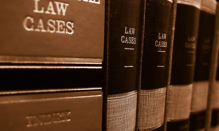 The first steps to hire a lawyer