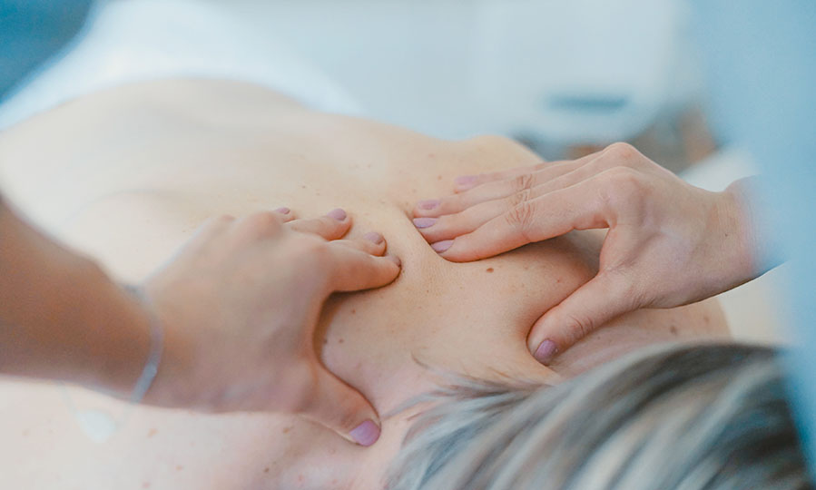 12 things to consider when hiring home service massage
