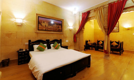 Take a tour to the top 5 hotels in Jaisalmer