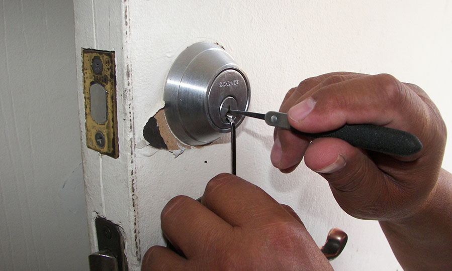 The dangers associated with choosing cheap locksmiths