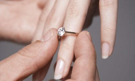 5 things to think about when buying an engagement ring
