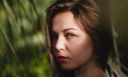 Pros and cons of microneedling