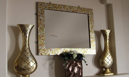 Important things to consider before buying mosaic wall mirrors for home decor