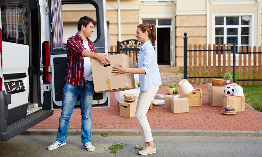How to stay organized while moving house