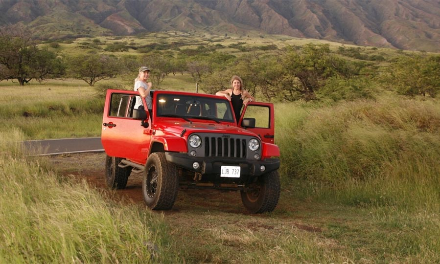 Off-roading car rental safety tips
