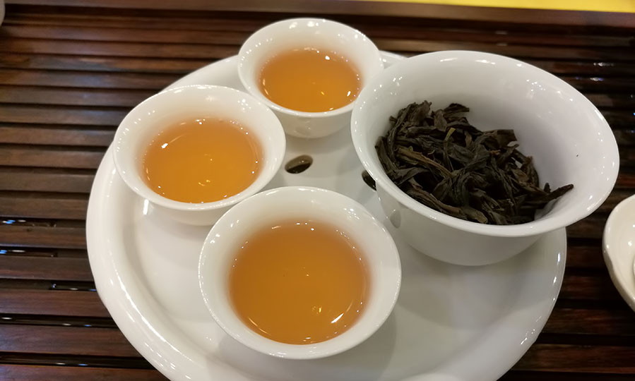 Improving your digestive health with oolong tea