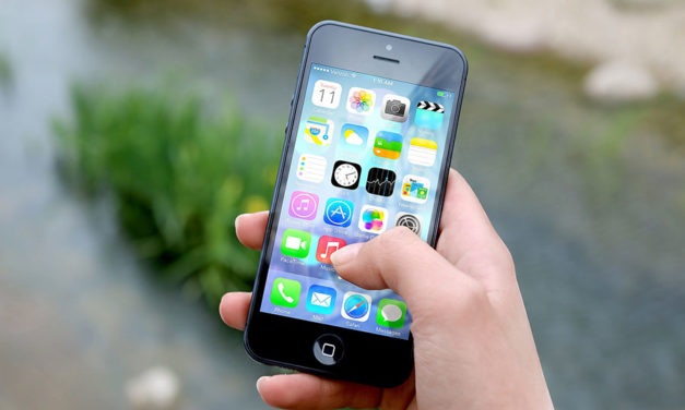 The best ways to organize your phone (so it's not a cluttered mess)