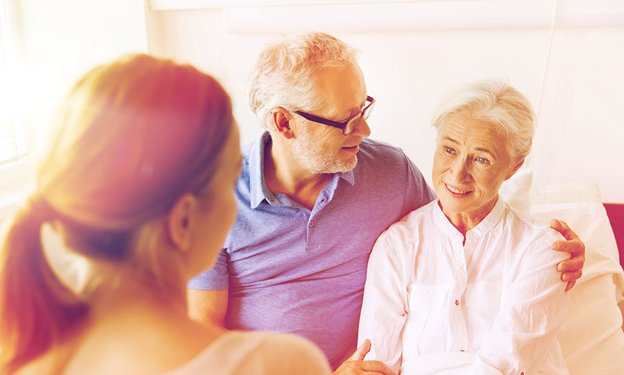 Tips for choosing a customized health plan for your aging parents