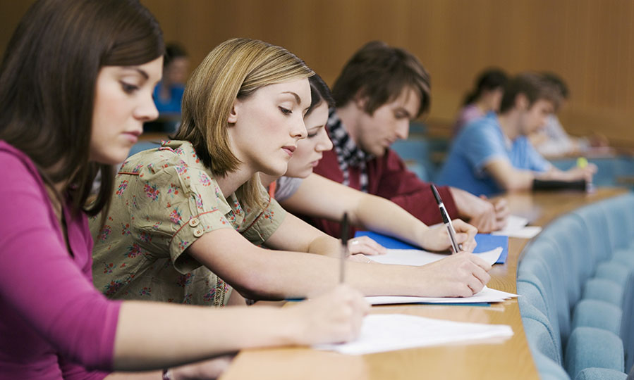 5 tips every first-year university student should follow