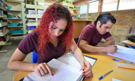 IELTS vs TOEFL – Which test is perfect for your study abroad endeavour?