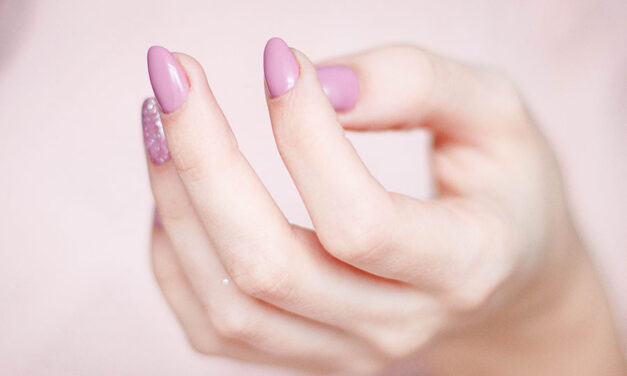 How to break a nail-biting habit (7 must-know tips!)